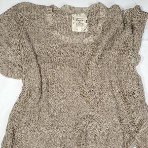 Urban behavior knit wide sleeve shrug size S/M